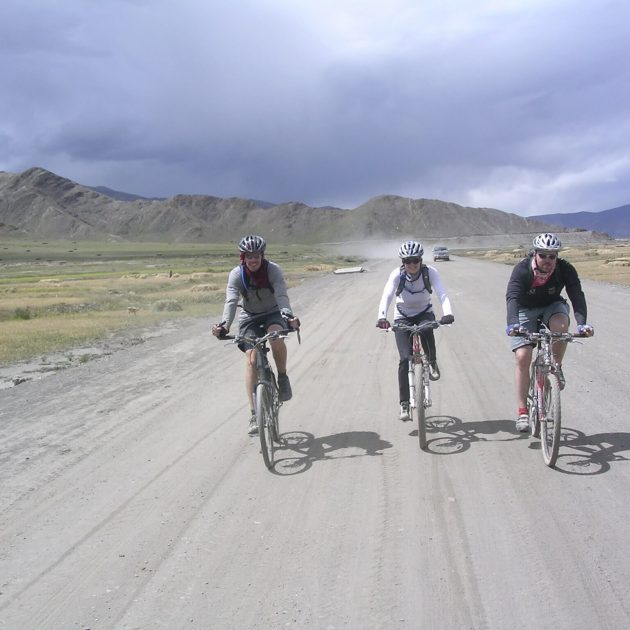 Around Kathmandu Valley Rim biking