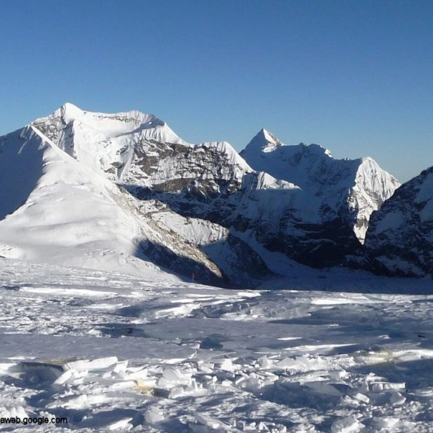Makalu Sherpani Col Pass Trekking
