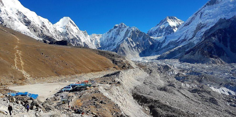 Best Trekking seasons in Nepal - Spring Season