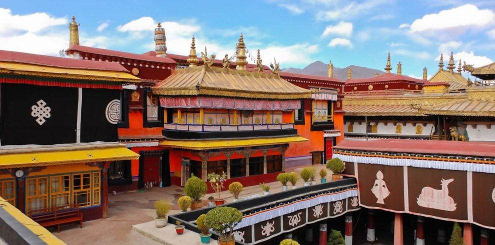 Shangri-La Tibet Lhasa tour