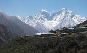Everest Base Camp Trek in Autumn